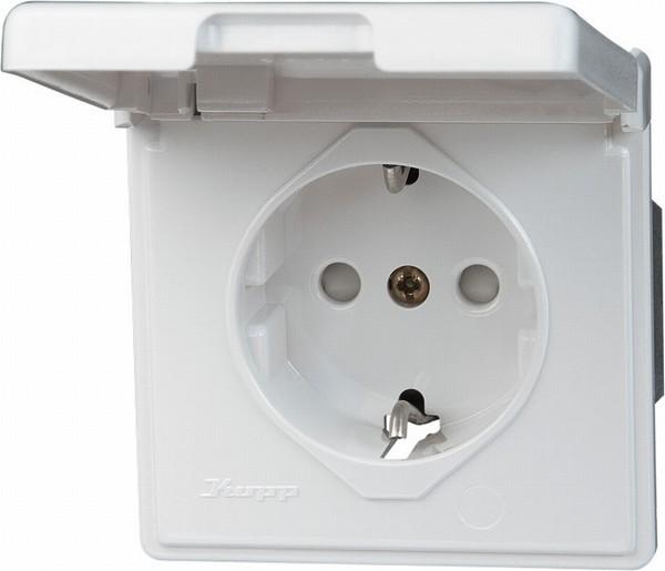 Steckdose mit Klappdeckel, IP44, reinweiß